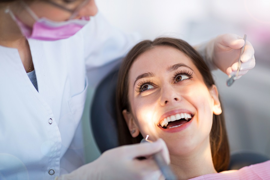 Your Dentist Recommends These Practices For Oral Health