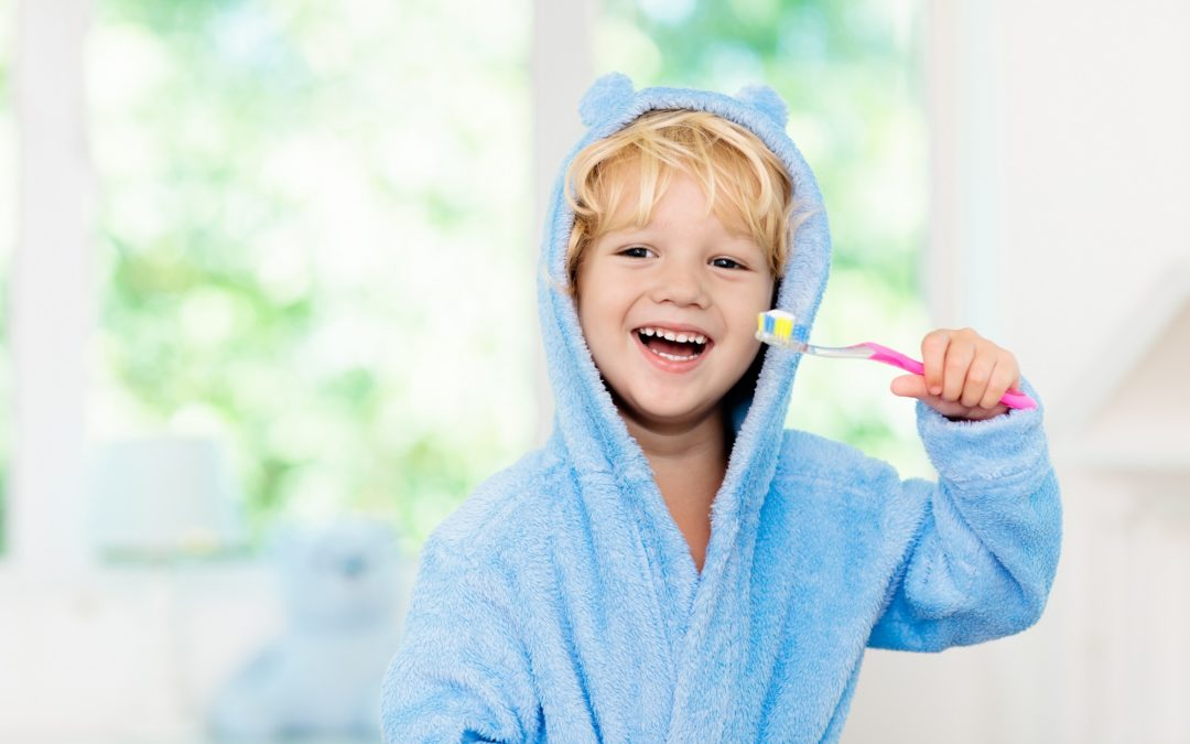 7 Best Dentist-Approved Tips For Your Baby Teeth